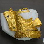 中国の「謎の文明」で黄金の仮面が出土