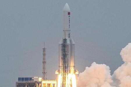 中国ロケットの残骸がインド沖に落下
