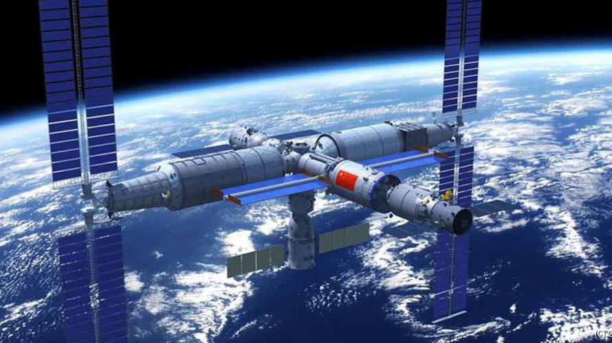 中国が有人宇宙船打ち上げに成功